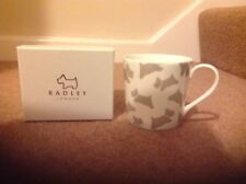 RADLEY DOG WHITE AND BEIGE CHINA MUG BRAND NEW IN RADLEY BOX