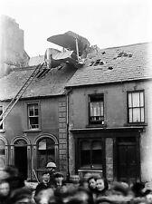 VINTAGE PHOTO AEROPLANE CRASH RO BARRACK STREET WATERFORD IRELAND PRINT LV4812