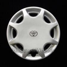Toyota Camry 1992-1996 Hubcap - Genuine Factory Original OEM 61062 Wheel Cover
