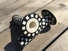 OLD SCHOOL BMX GRIPS DAY LUEN 800 GRIPS NOS OLDSCHOOL BMX CHECKERED GRIPS OAKLEY