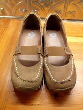 Yellow Box Beige Suede APRICOTS Mary Jane Style Loafers Size 6