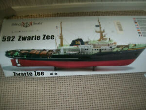 BILLING BOATS ZWARTE ZEE SEA GOING TUG BOAT WITH EXTRAS