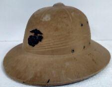 1940s WORLD WAR 2 WW2 USMC MARINE CORPS PITH SUN HELMET & PLASTIC EGA INSIGNIA