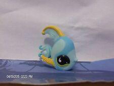 Littlest Pet Shop Blue Angel Fish with Green Eyes #831