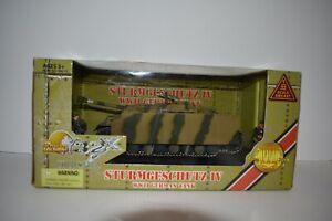 The Ultimate Soldier WW II Sturmgeshutz IV  German Tank 1:32 Scale 2005 MISB