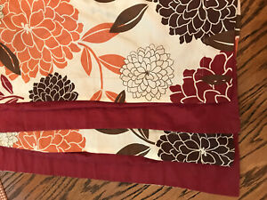 MADISON HOME Collection Standard Size Pillowcases Lot of 2 Fall Floral Colors