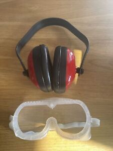 2 piece Ear Defenders Ear Muffs  Safety goggles Glasses Protector Adult