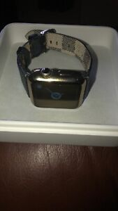 Apple Watch Series 2 42 Mm Stainless Steel Boxs And Cable And Extra Straps