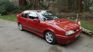 RENAULT 19/16V PHASE 2 HATCHBACK. 1993 RED, ALL PAERWORK/SERVICED HISTORY/ 2 KEY