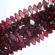 Filo 70+ Rosso Granato Apx 4x6mm-6x10mm Diamante Tagliato Mano Perline DW1165
