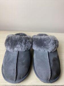 Kirkland Signature Ladies Shearling Slipper Genuine Sheepskin Lightweight Size 9
