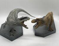 Jurassic World - Universal - Indominus Rex & T Rex Dinosaur Book Ends figures