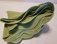 """Vintage Tablecloth Green 64"""" × 66"""" Scalloped Edges Oval"""