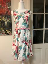 REVIEW DRESS SIZE 14 GIRL/WOMEN'S SIZE 10. White with flowers. Pink Belt.