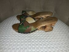 Betsey Johnson 90s Vintage Lucky Lou Tiki Carved Wood Slide In Sandals Size 8