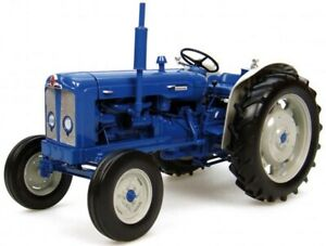 Fordson Super Major Tractor 'New Performance' Tractor 1:16 Model 2780