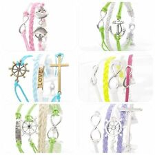 Gefädelte Modeschmuck-Armbänder aus Kunststoff