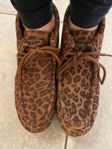 Women's Roper Leopard Gum Sole Chukka Shoe Size 7.5 Suede Excellent Condition