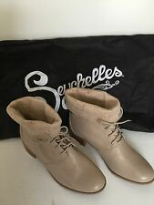 NWOB SEYCHELLES Tan Leather Ankle Boots Shoes Fold Down Cuff Women's Size 9