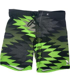 HURLEY PHANTOM men shorts swim trunks Size 36 Green Black short pre owned
