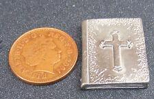 1:12 Scale 1 Piece Silver Colour Metal Bible Tumdee Dolls House Miniature Church