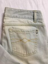 Mudd Jeans Size 5 Capris Croped Light Wash Mid Rise Stretch Distressed Denim