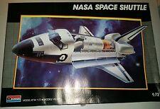 Monogram 5904 NASA Space Shuttle 1:72 Scale Model Kit