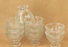 9 bols anciens à café, verre moulé Vintage glass bowls