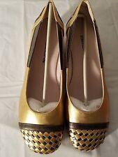 WOMENS Bellini Flats 8.5 Gold NEW NEW NEW