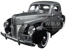 1940 FORD DELUXE GREY/BLACK TIMELESS CLASSICS 1:18 DIECAST CAR BY MOTORMAX 73108
