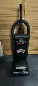 Hoover Runabout deluxe 17.5 Amp U5064-930 upright vacuum