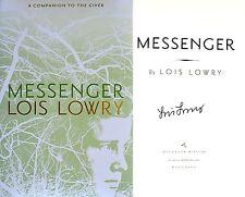 Lois Lowry~SIGNED~Messenger~HC + Photos!!!