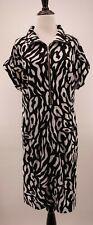 Chico's Zenergy 2 Black & White Animal Artsy Printed Shift Stretch Shirt Dress