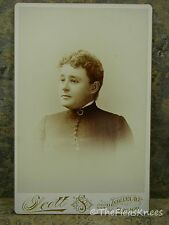 Antique CDV Photo SHORT HAIRED VICTORIAN WOMAN from CHICAGO