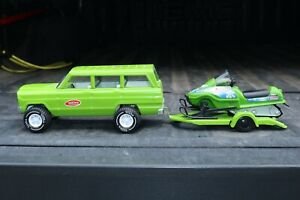 Tonka Toys Jeep Wagoneer, Ski Doo and trailer - pressed steel - custom