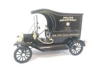 FORD MODEL T (N.Y. POLICE DEPT.) UNIVERSAL HOBBIES 1:18 scale LOOSE CAR/NO BOX
