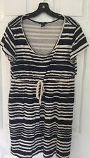 H & M Blue and White Striped Short Sleeved Casual Dress ~ Size Large ~ EUC