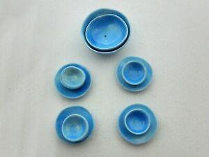 Dollhouse Miniature 1/4 scale - dish set bright blue