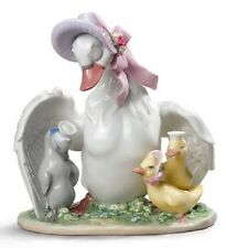 Lladro THE UGLY DUCKLING