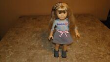American Girl Doll 2013 Dirty Blonde Freckles Teeth Green Eyes London Outfit