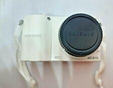 White Samsung NX NX1000 20.3MP Digital Camera