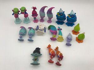 DWA DreamWorks Trolls MINI Plastic Mixed TROLL Figurine TOY LOT of 18