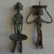 2 Kerzenhalter Replika archaischer Bronzefiguren Frauen mit Tabletts