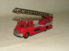 DINKY TOYS FIRE ENGINE 1:43 No.956 BEDFORD CAB TURNTABLE FIRE ESCAPE