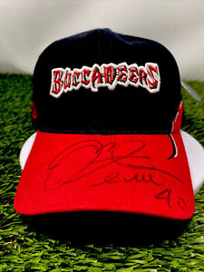 Mike Alstott #40 Autographed Tampa Bay Buccaneers Stitched hat new with tags🔥