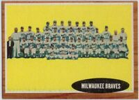 1962 Topps #158 Milwaukee Braves Team EX-EXMT Warren Spahn Hank Aaron Joe Adcock