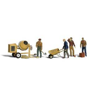 Painted Masonry Workers (OO/HO figures) Woodland Scenics A1901