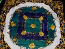 foulard  TORRENTE BEAU ET  très chic carré de 78 cm à voir et à saisir !!