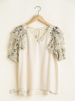Umgee   Linen Blend V-Neck Top with Laced Ruffle Sleeves and Floral Print Detail