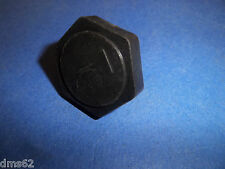 NEW McCULLOCH OIL CAP FITS 10-10 CHAINSAWS 216052  OEM  FREE SHIPPING